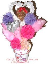 Homemade paper flowers bouquet allfreecrafts homemade paper flowers bouquet mightylinksfo Image collections