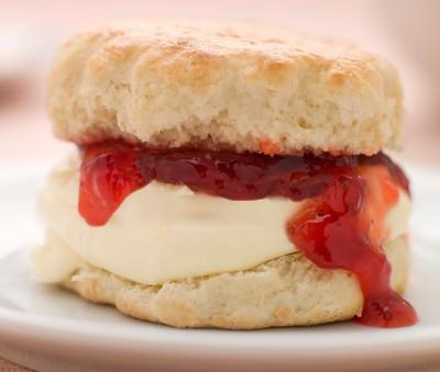 scone with jam and cream