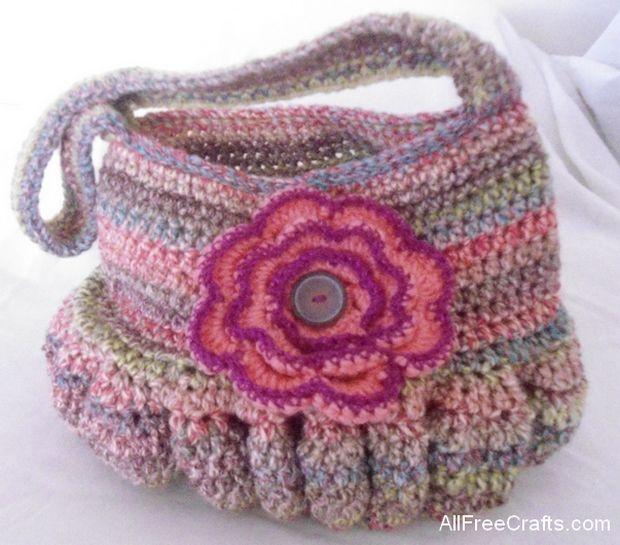 roomy crocheted hobo bag crochet pattern