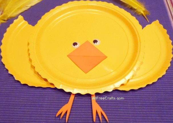 paper plate chick assembly