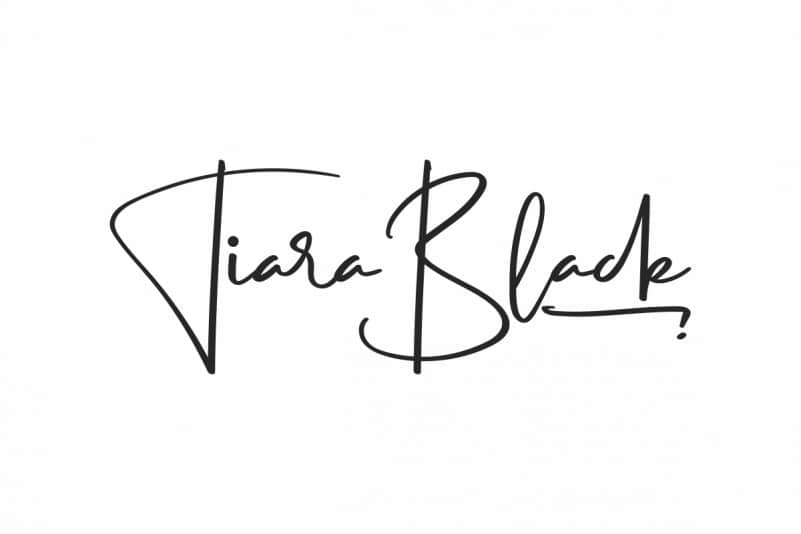 Tiara Black Calligraphy Font
