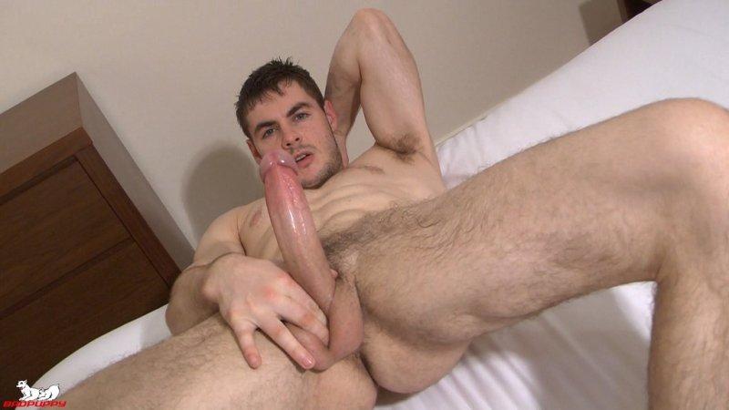 Sexy Guy Hamish Watsin Jerks Off 04