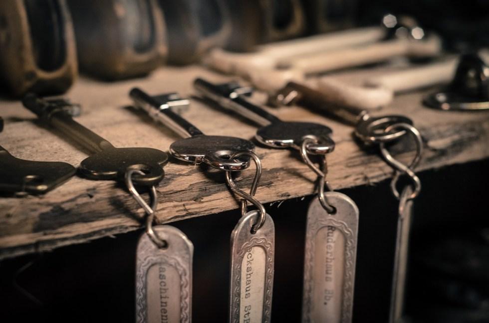 กุญแจล็อคบ้าน