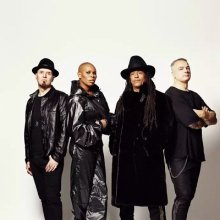 Skunk Anansie (Skin, Cass, Ace, Mark)