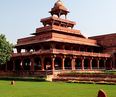A day trip from Delhi to Fatehpur Sikri