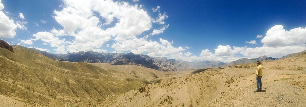 View from Pass Namika La: Srinagar Leh Highway
