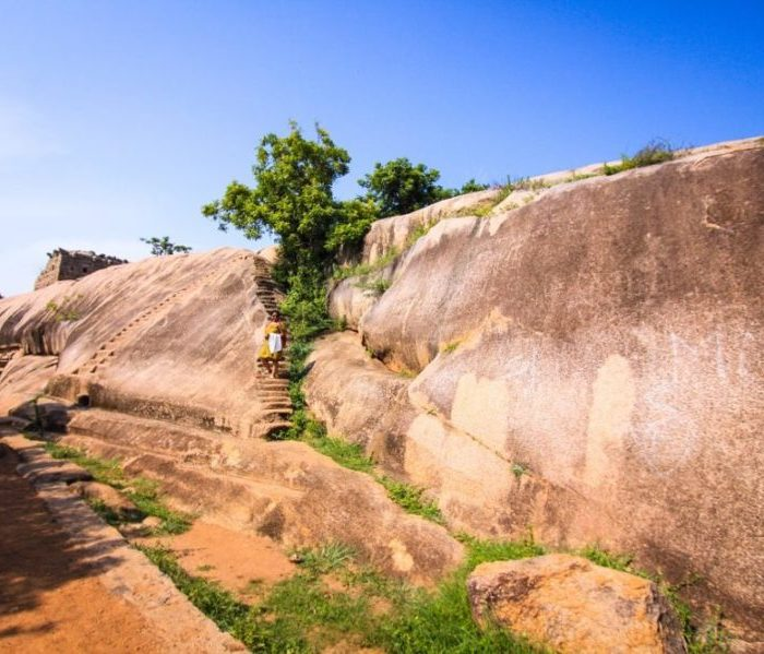 Heritage Walk through a Historical Town: Mahabalipuram Travel Guide