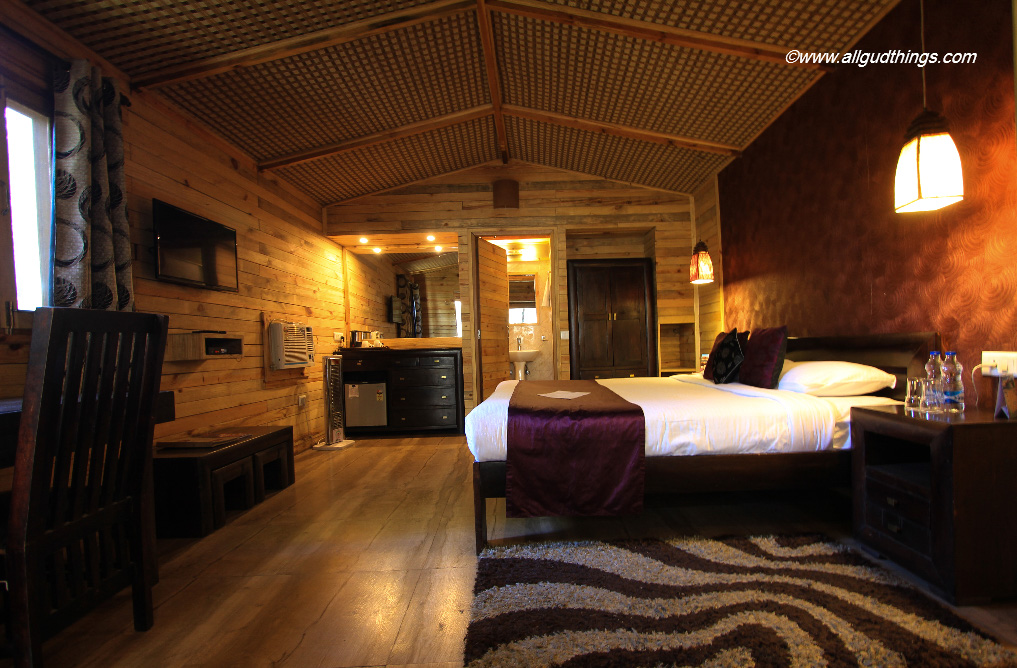 Luxurious Super Deluxe Room at Aamod Resort Shoghi