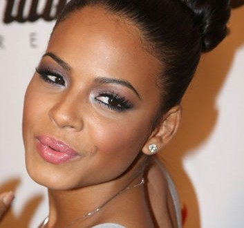 5 Easy Updos Hairstyles for Black Women Who Love Style