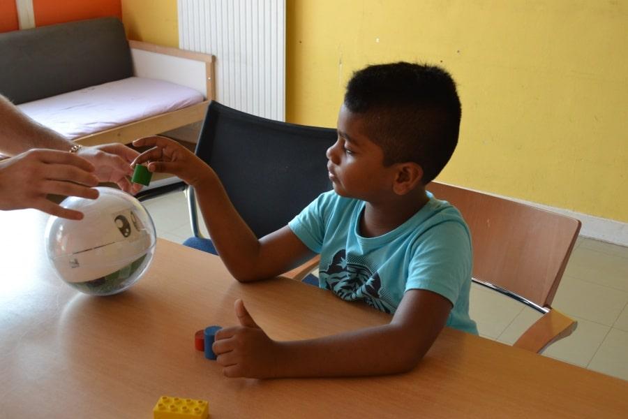Robot pour enfant autiste © Leka