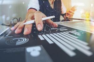 L'intelligence artificielle est de plus en plus utilisée dans le secteur de la banque et des assurances, en particulier pour le trading et la détection de fraudes. ©Teradata