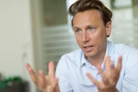 John-Lee Saez (Kayak Europe) : « Nous voulons être la meilleure plateforme pour planifier et gérer son voyage »