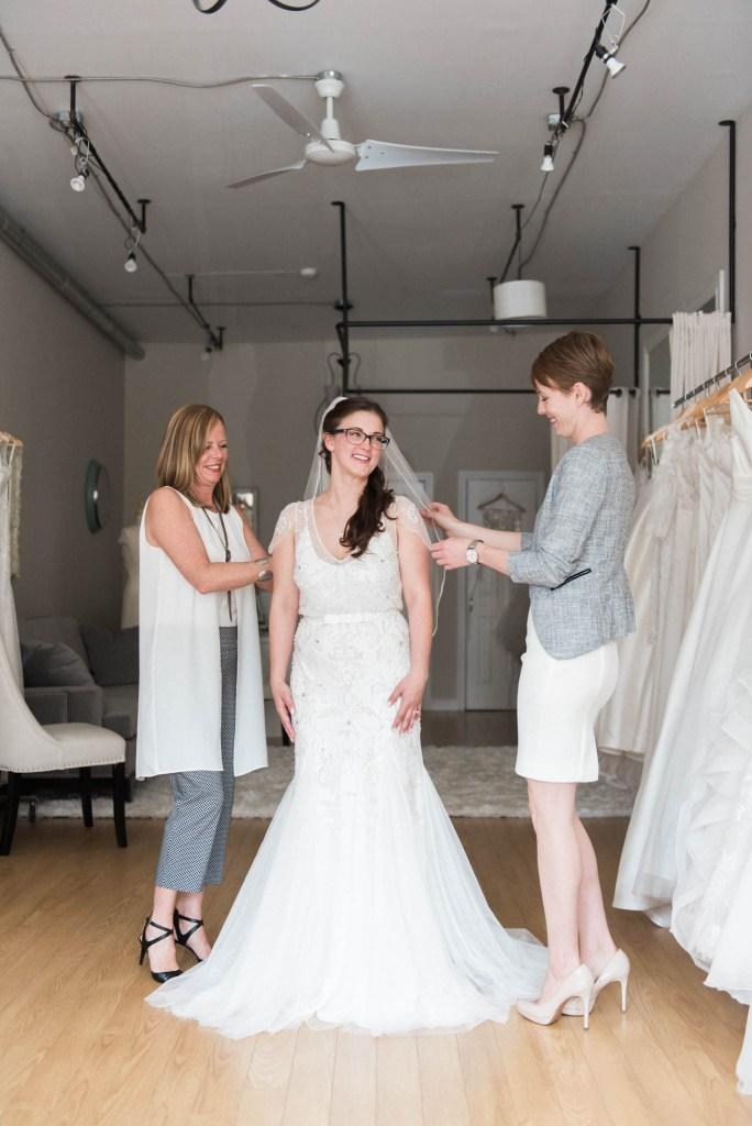 Allie-Jennings-Photography-branding-modern-bride-12