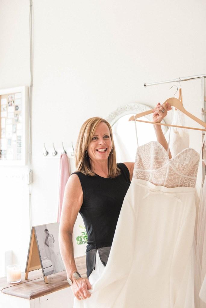 Allie-Jennings-Photography-branding-modern-bride-23
