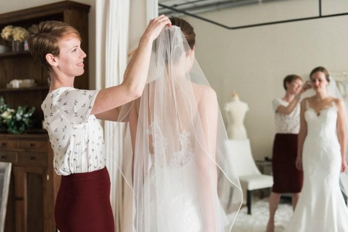 Allie-Jennings-Photography-branding-modern-bride-35