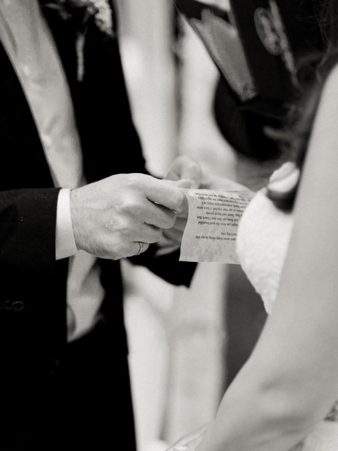 allie-jennings-photography-toronto-wedding-photographer-sunnybrook-estates-31
