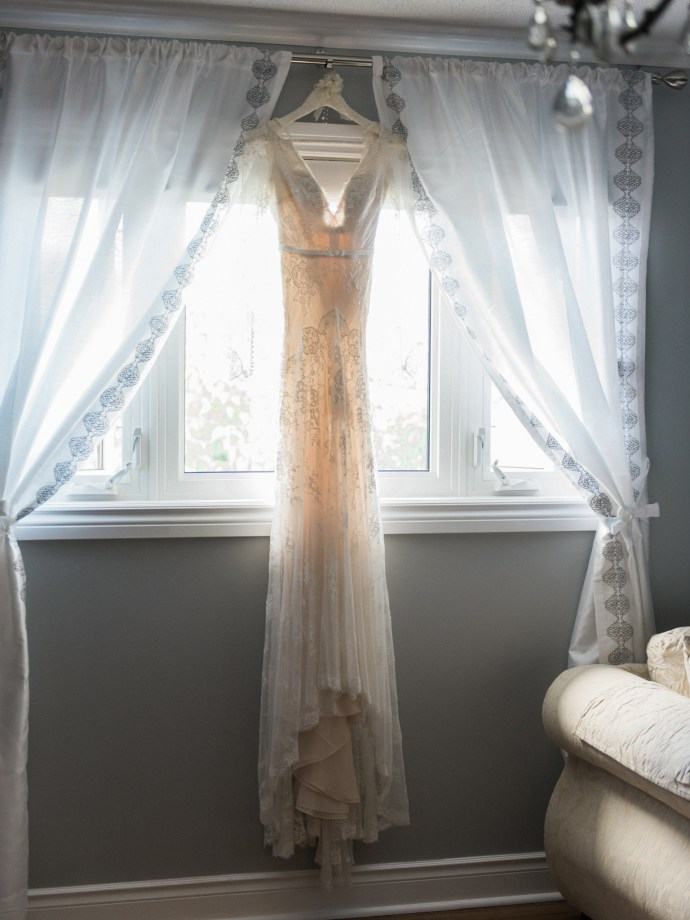 alliejenningsphotography-hamilton-wedding-photographer-fine-art-royal-botanical-gardens-wedding-1