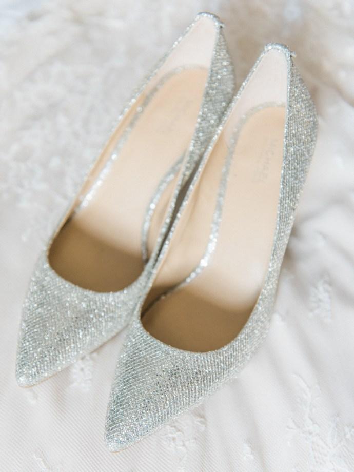 alliejenningsphotography-hamilton-wedding-photographer-fine-art-royal-botanical-gardens-wedding-3