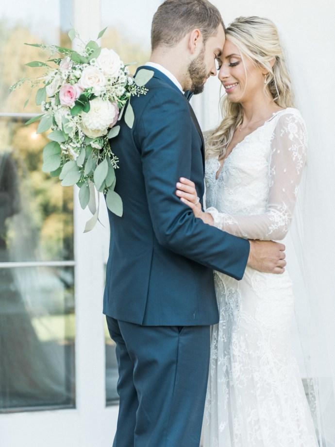 alliejenningsphotography-hamilton-wedding-photographer-fine-art-royal-botanical-gardens-wedding-38