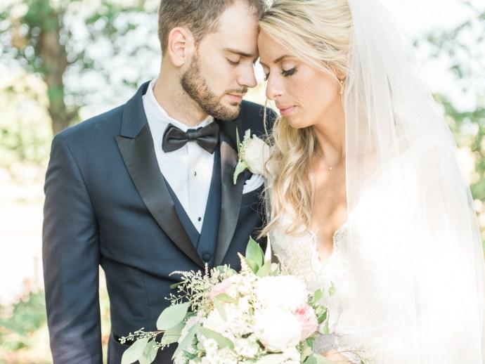 alliejenningsphotography-hamilton-wedding-photographer-fine-art-royal-botanical-gardens-wedding-40