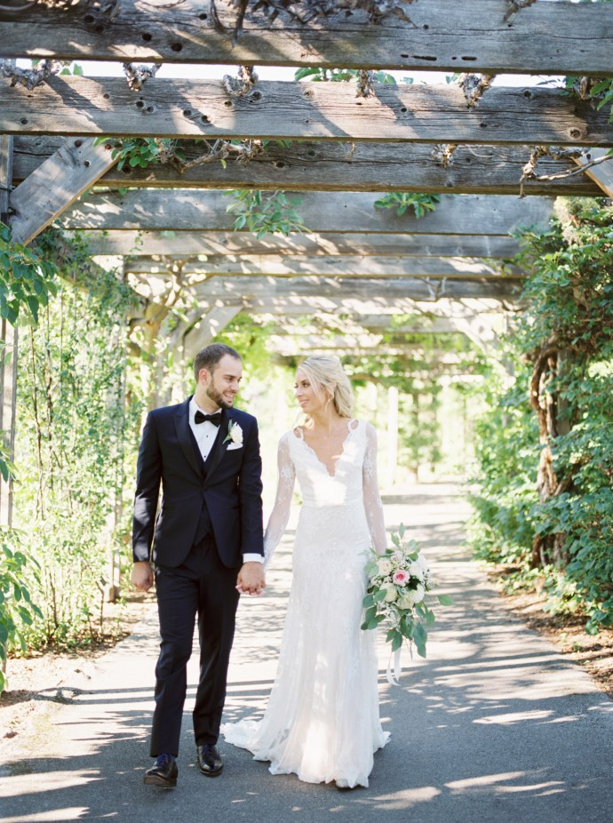 alliejenningsphotography-hamilton-wedding-photographer-fine-art-royal-botanical-gardens-wedding-67