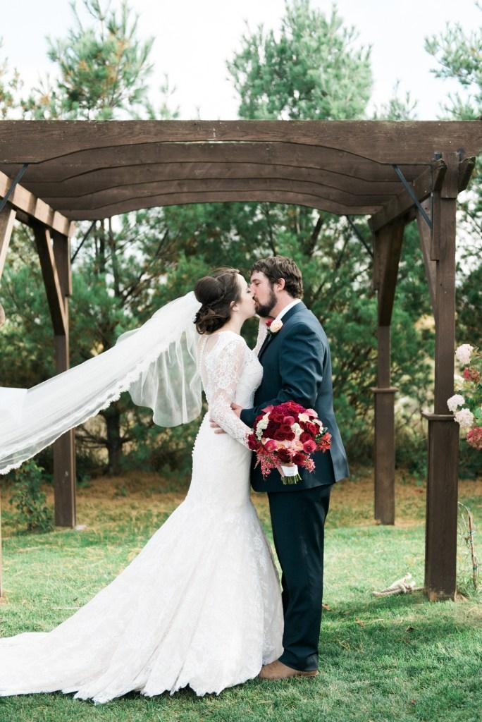 belcroft-estates-wedding-innisfil-ontario-canada-fall-autumn-wedding-photographer-31