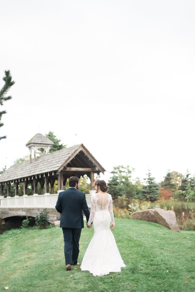 belcroft-estates-wedding-innisfil-ontario-canada-fall-autumn-wedding-photographer-59