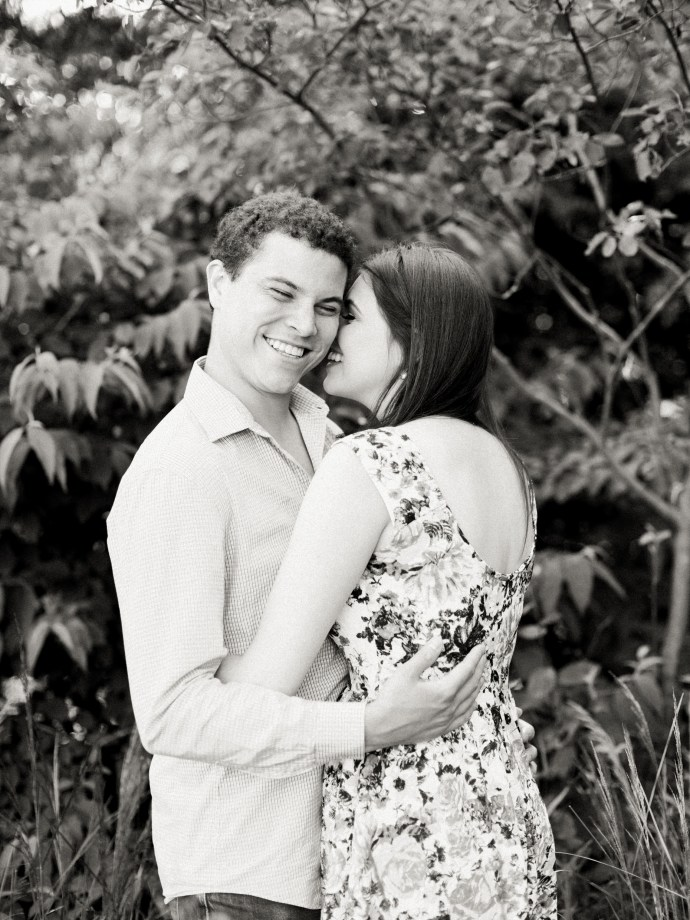 RBEshoot-Royal-Botanical-Gardens-Oakville-Burlington-Engagement-Photography-12