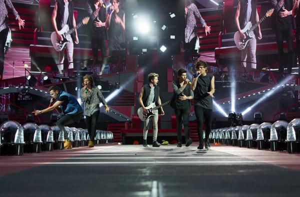 One-Direction-WWAFilm-trailer2-news_0