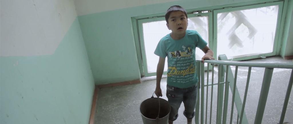 Elevator by Asan Djantaliev (Kirghizistan, 8,21)