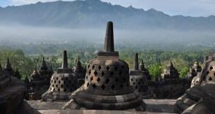 Borobudur - AllinMam.com