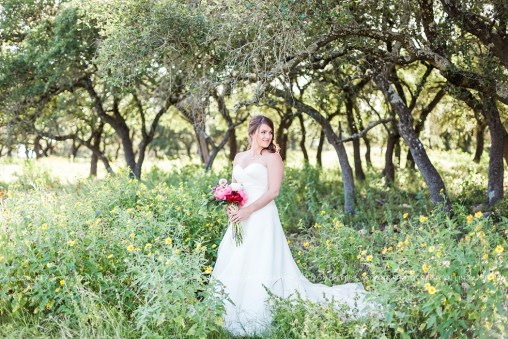 bridal-session-at-cw-hill-country-ranch-boerne-texas_0005