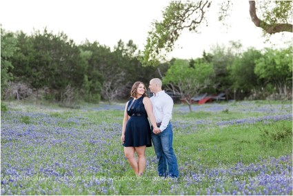 oak valley vineyard bluebonnet engagement session_0003