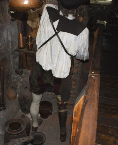 Back of Kelley wax mannequin, showing wooden leg