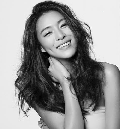 Kahi Bids Farewell To After School At Encore Playgirlz