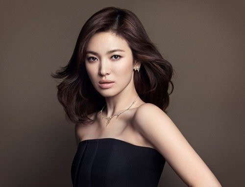 Song Hye Kyo Leaves You In A Daze With Her Timeless Beauty