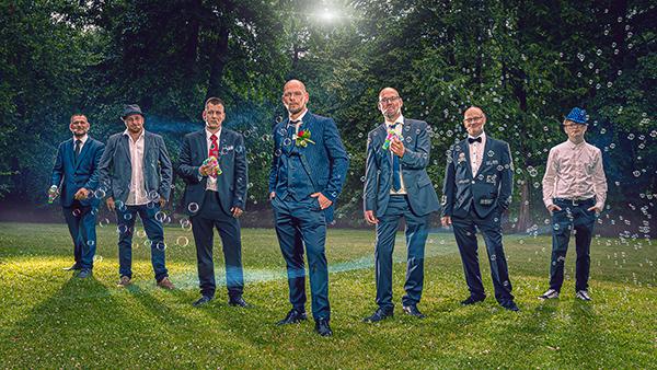 Hochzeitsgruppenbild Hochzeitsfotograf in Bernau bei Berlin Allmie