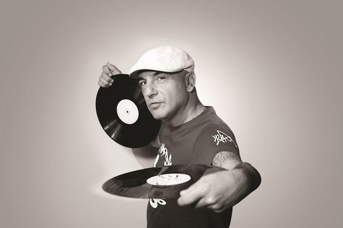 """INTERVISTA a DJ JAD: """"Il concetto di Articolo 31 per me è un valore di vita, io non ho mai mollato"""" — All Music Italia"""