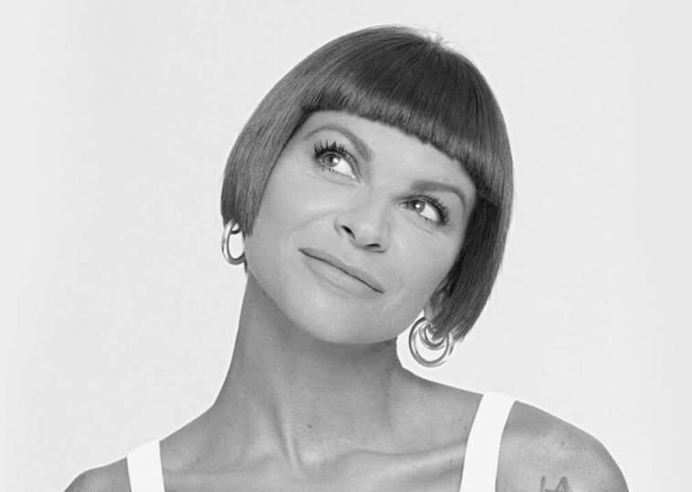 """Alessandra Amoroso: nel nuovo album """"Tutto accade"""". Tracklist, autori e produttori"""