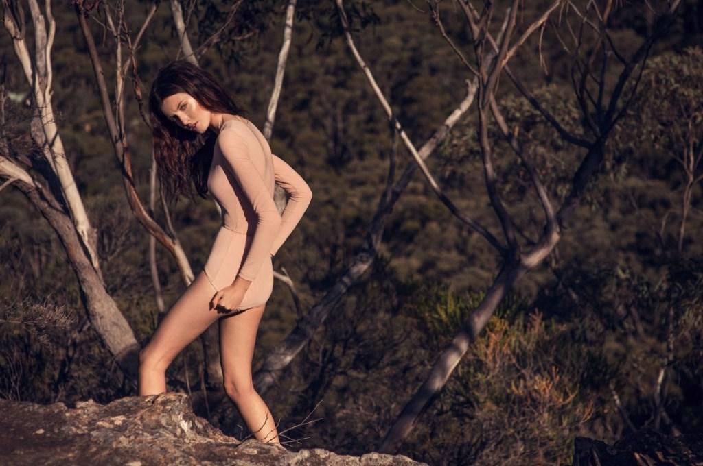 Rebecca Moore model maison