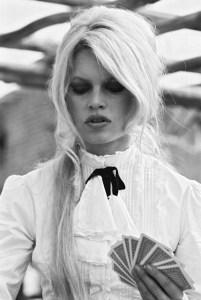Brigitte bardot pony tail
