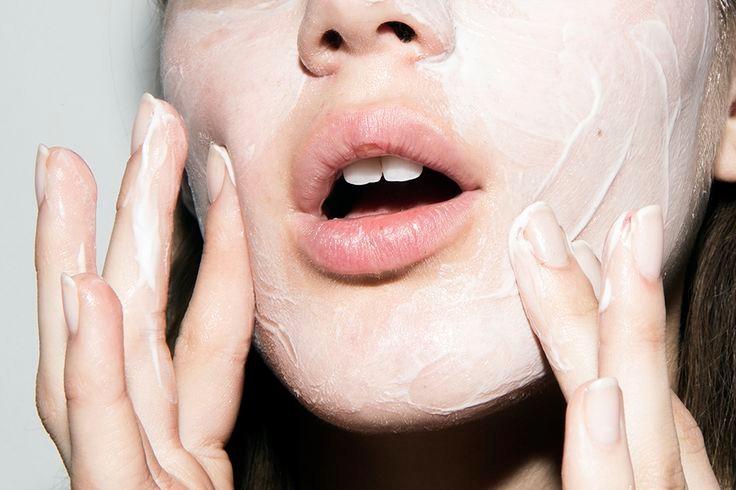 gritty pretty, face moisturiser, when to start using face moisturiser,