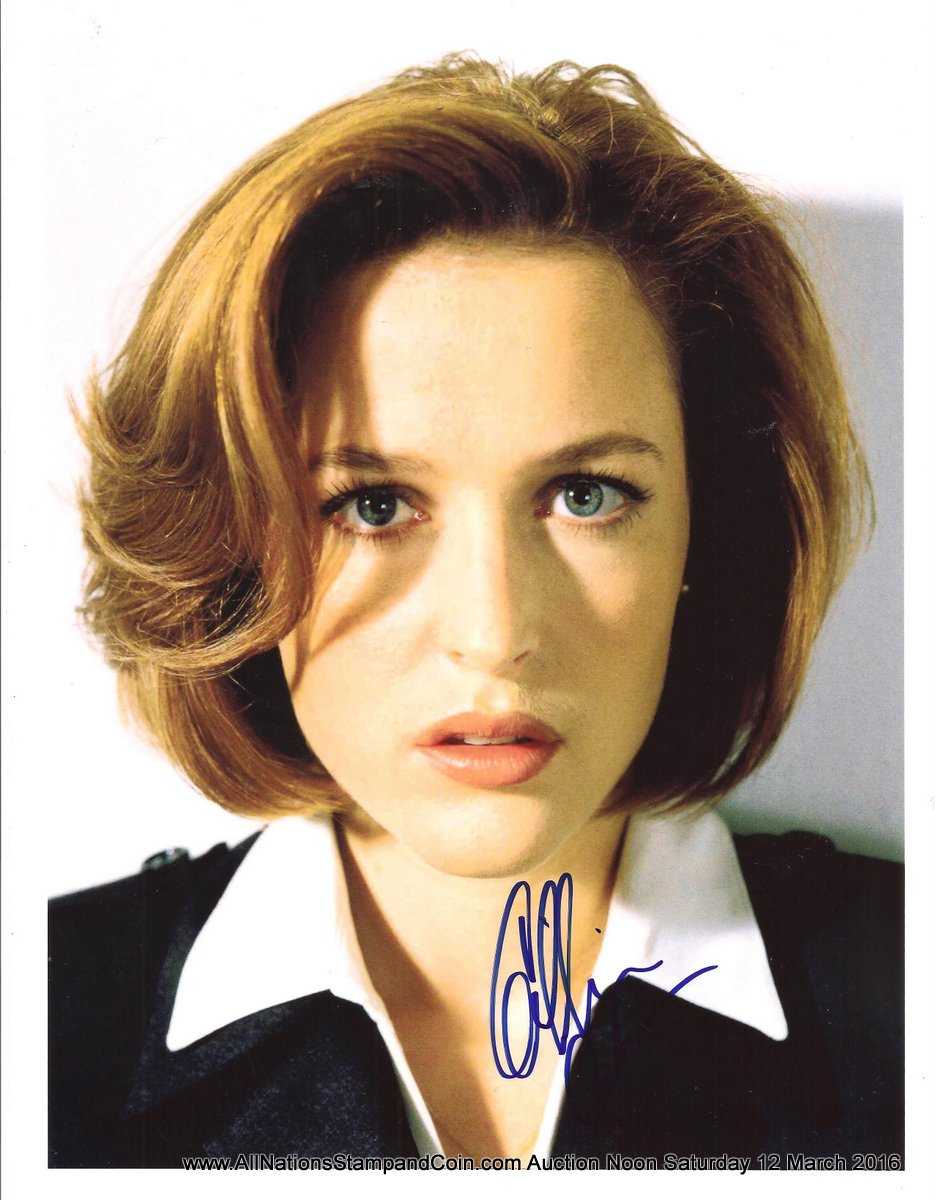 Gillian Anderson Autographed colour 8x10 with Certificate of Authenticity
