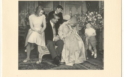 Queen Elizabeth & Prince Philip Signed 1964 Christmas Card