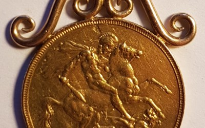 Great Britain 1887 Victoria Golden Jubilee Gold Sovereign in original mount