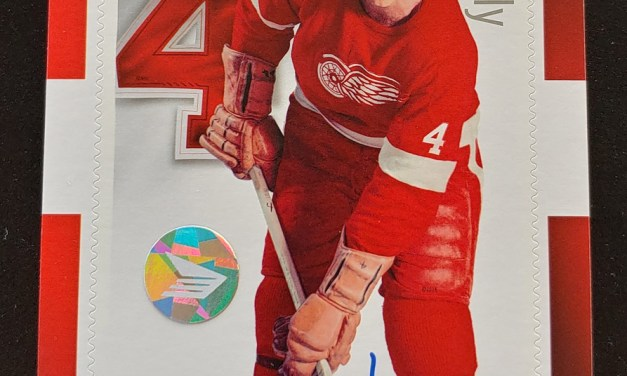 Canada Post #2793i 2014 $2.50 Red Kelly Signed