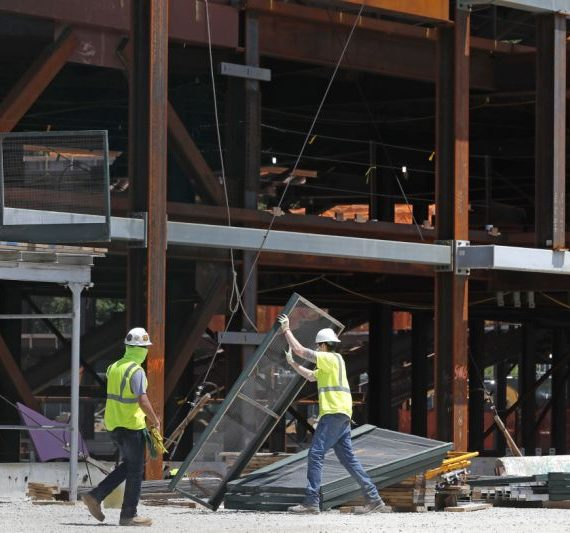 U.S. construction spending drops 2.9% in April