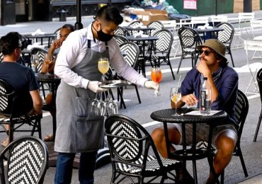 NYC Outdoor Dining Will Return Next Year—Even If Covid-19 Doesn't