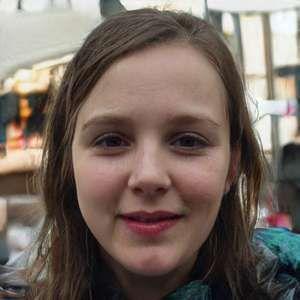 jeune fille cherche un homme influent sur Rennes