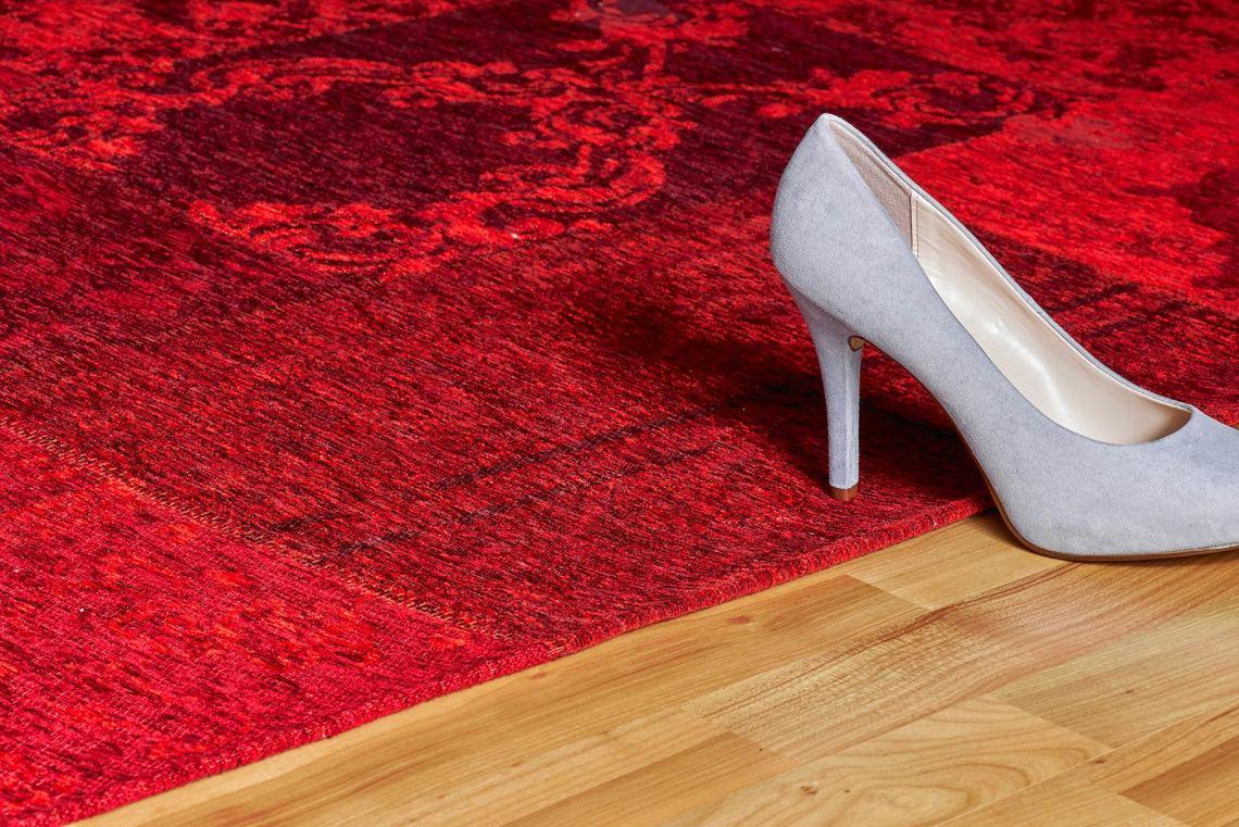 tapis plat rouge